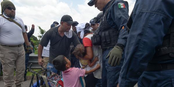 México | AMLO deporta 94% más menores no acompañados que Peña Nieto