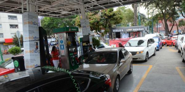 México | Baja el petróleo, pero no necesariamente las gasolinas: te decimos porqué