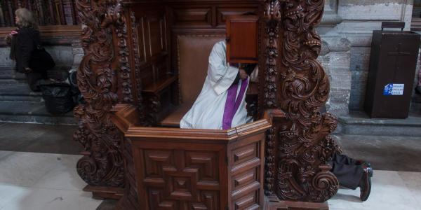 México | Cientos de víctimas, pero la FGR solo investiga 3 casos de pederastia de sacerdotes