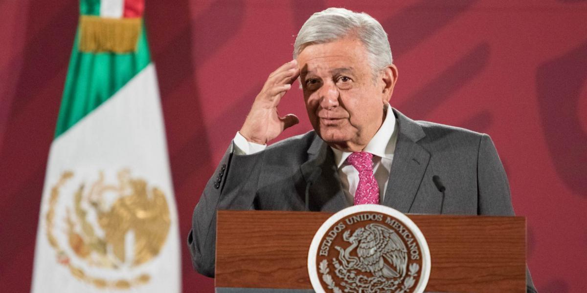 A Fondo | AMLO adjudicó directamente más contratos que Peña Nieto durante su primer año