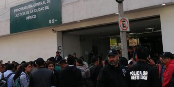 México | El exdirector de Inteligencia reprobó en confianza y demandó al presidente