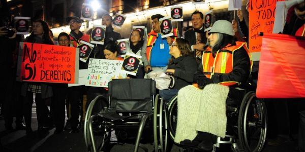 México | El maltrato oculto y permanente que sufren personas con discapacidad en México