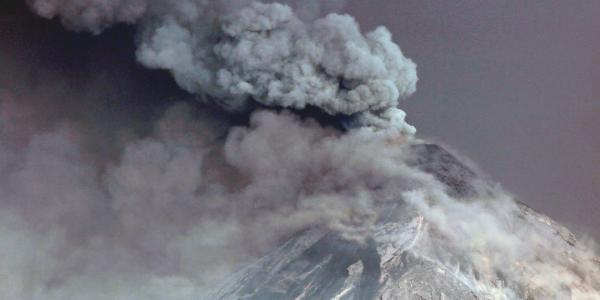Cuestione   Global   Alerta por volcán en Guatemala. ¿Es el único?