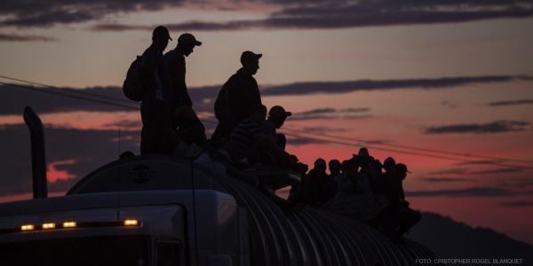 Cuestione   México   Han muerto tres migrantes de la caravana