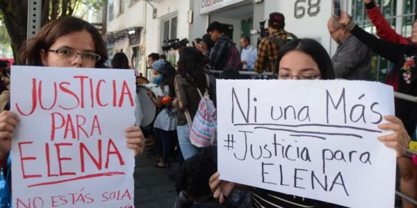 México | Las cicatrices que le cambiaron la vida a María Elena: solo quiere tocar su saxofón