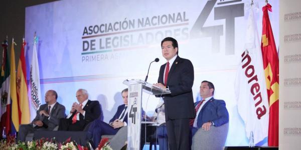 México | Llamaradas de petate: las iniciativas polémicas de legisladores de Morena