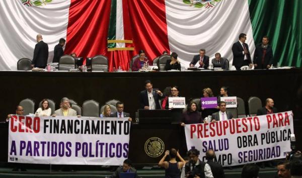 México | Mientras PRI, PAN y PRD se aferran a su presupuesto, Morena renuncia al 75% del suyo