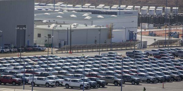 México | No te emociones: cayó la venta de autos, pero no habrá menos coches circulando