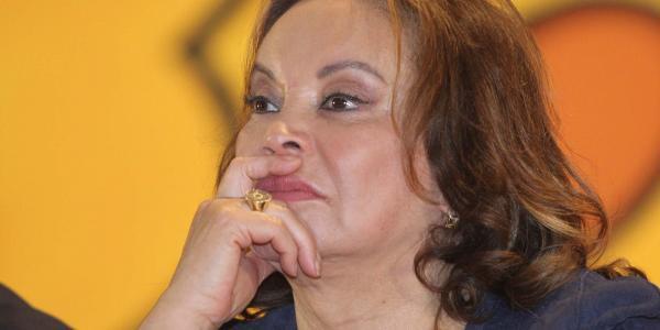 México | Partido de Elba Esther Gordillo aún ni existe y ya se están peleando