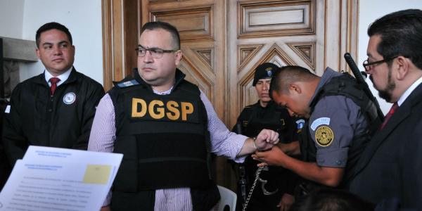México | Periodista amenazada por Duarte se autoexilia