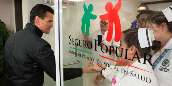 Cuestione   México   Salud y educación: los claroscuros de Peña