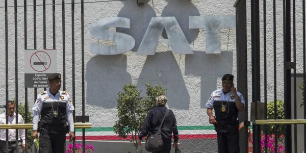 Cuestione   México   SAT saca los dientes... ¿contra empleados?