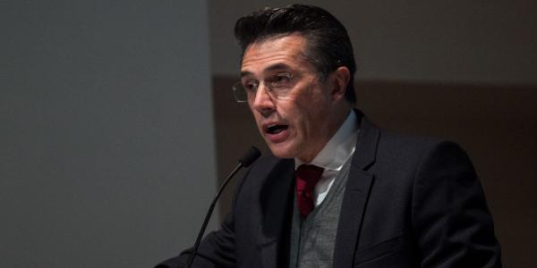 """Cuestione   México   Sergio Mayer """"le hace el paro"""" a Taibo II"""