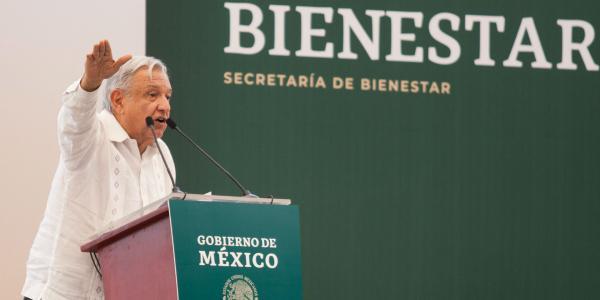 México | Servidores de la nación violan la ley pero no pueden ser sancionados