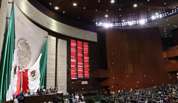 México | ¿Son necesarios tantos legisladores en México?