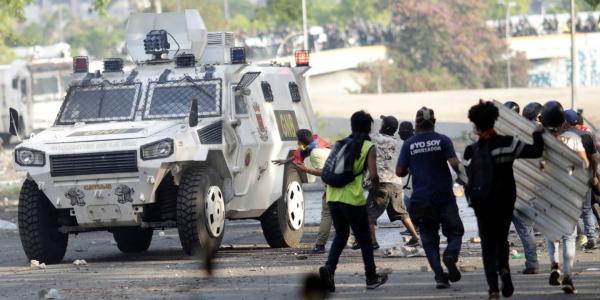 Global | Cuatro muertos y más de 100 detenidos: saldo de la revuelta en Venezuela