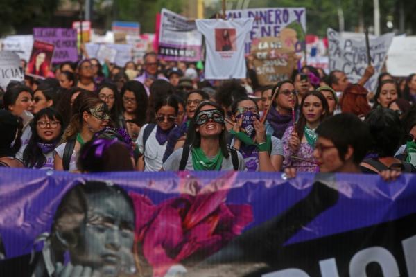 Global | Violencia contra las mujeres: ¿impulsada desde las religiones?