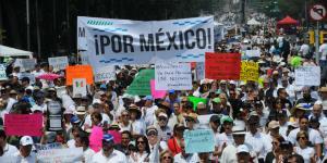 México |  Creció marcha anti AMLO y también críticas a los asistentes