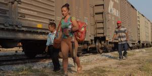 Cuestione | México |  Mujeres en fuga: el largo y violento camino de las migrantes a Estados Unidos