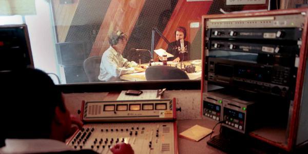 México | De Gutiérrez Vivó a Carlos Loret: las sospechosas despedidas de periodistas