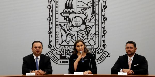 México | Puebla estrenó gobernadora pero...