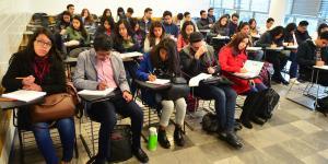 Cuestione | A Fondo | Becas para jóvenes: no salen las cuentas