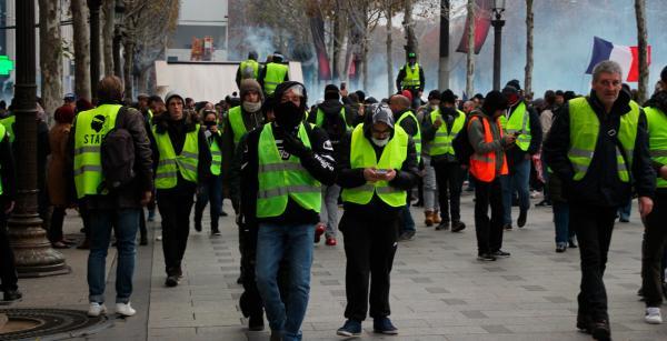 Cuestione | Global | Manifestaciones frenan gasolinazo en Francia