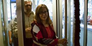 México | ¿De dónde salieron los 16 millones que le condonó el SAT a Yeidckol Polevnsky?