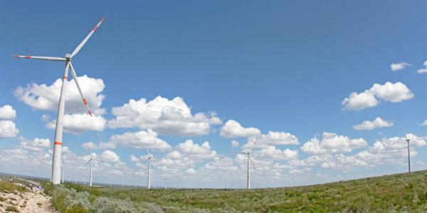 Cuestione | México |  AMLO apuesta por el petróleo y se olvida de las energías limpias