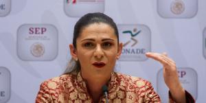 Cuestione | México | El giro de Ana Guevara: de exigir apoyo al recorte para deportistas