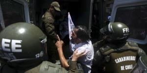 Cuestione | Global | El (mal) ejemplo de los carabineros de Chile