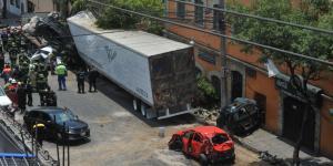 México | El tráiler que mató a cuatro personas: todo lo que salió mal en persecución de Santa Fe