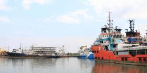 Cuestione | México | Empresas para la refinería: ni tan honestas