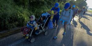 Cuestione | México | EPN ofrece apoyo a caravana, pero...