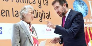 México | Exigencia de datos biométricos al INE remite a caso Zuckerberg