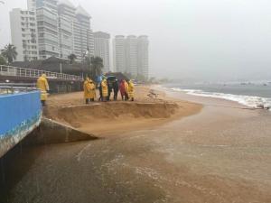 México | Gobierno de Guerrero usa playas de Acapulco como desagüe durante cuarentena