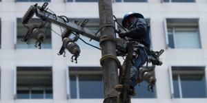 Cuestione | México | Gobiernos se cuelgan de la luz y no pagan a la CFE
