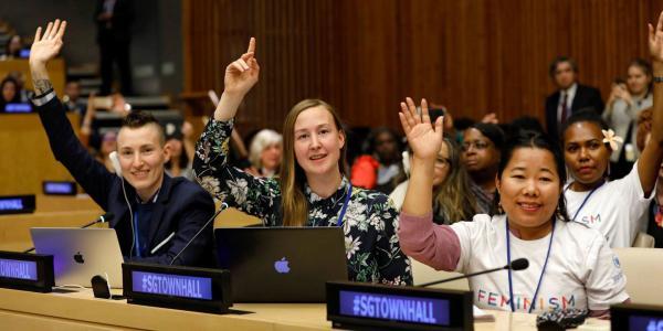 Cuestione | A Fondo | Mujeres dirigiendo países: la están rompiendo
