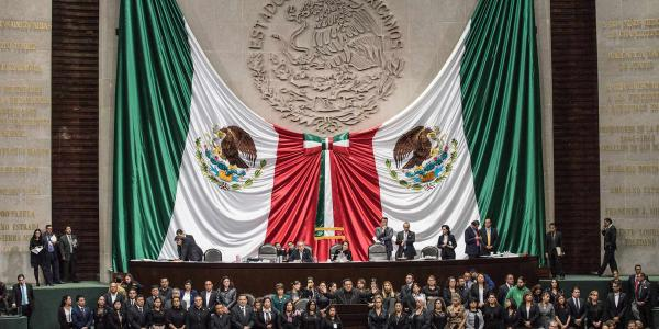 México | A todo esto, ¿qué es la toma protesta?