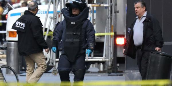 Cuestione | Global | Enemigos de Trump, bajo ataque