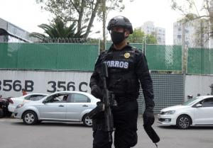 México | La delincuencia no es el único desafío que enfrenta la policía