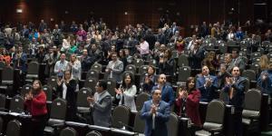 Cuestione | México | ¿Magistrado o diputado? ¡Bonos para todos!