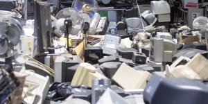 México | México celebra yacimiento de litio pero tira a la basura millones de pesos en aparatos