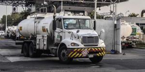 Cuestione | México | Pemex pidió prestado para comprar pipas