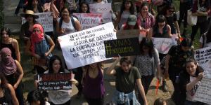 Cuestione | Columnas | Planificando: ¿Y los derechos humanos, 'apá?