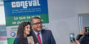 A Fondo | Programas sociales de AMLO minimizan recomendaciones del Coneval