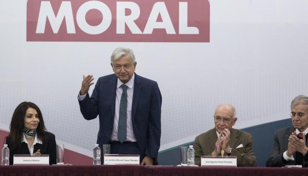 México | Constitución Moral es... ¿un código de ética?