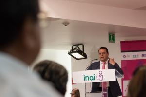 México | Todas las personas podemos pedir y recibir información del gobierno