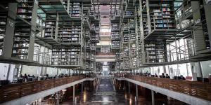 Cuestione | A Fondo | Refugio de libros, lectores y gente sin hogar