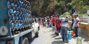 Global | Venezuela: un mes seco y a oscuras